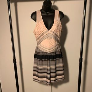 NWT 5/48 pnk/grey folded/ruffle vneck stripe dress